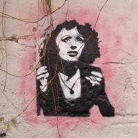 Superhéroes #54: Edith Piaf